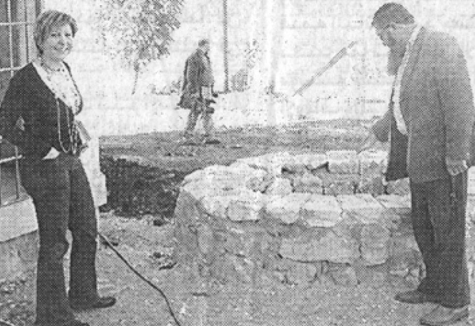 روايتان متناقضتان حول مقبرة عنجر
